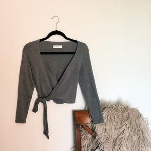 Abercrombie & Fitch wrap top